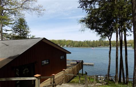 Cabins In Traverse City Michigan by The Oaks Resort At Spider Lake Traverse City