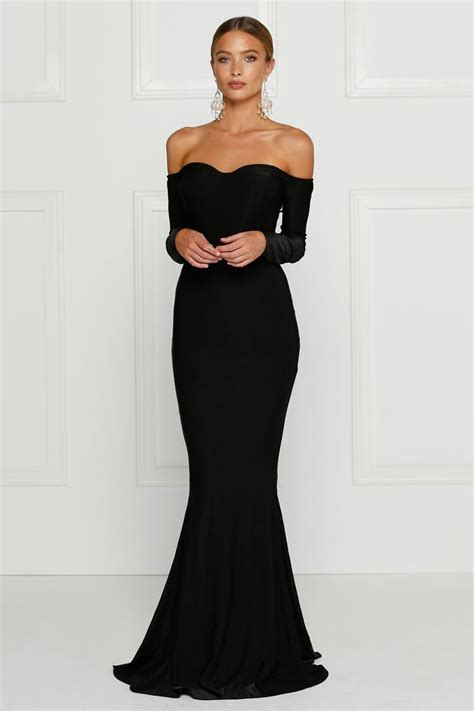 best black dress best 25 black formal gown ideas on black