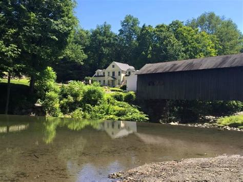 Bridgehouse Garage by Photo0 Jpg Picture Of Green River Bridge House Guilford