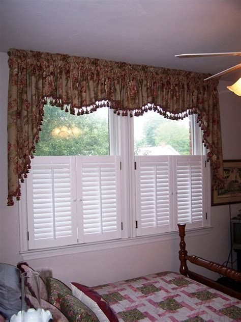 cottage window treatments cottage charm gathered window treatments traditional