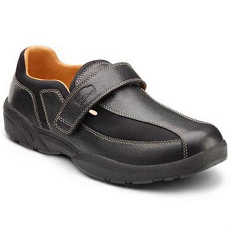 comfort shoes for diabetics dr comfort douglas men s therapeutic diabetic casual shoe