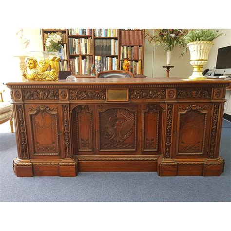 Oval Office Desk Replica by The Resolute Desk