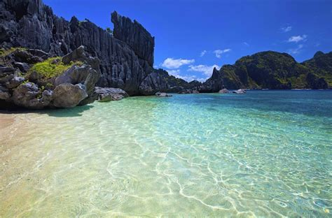 most beautiful beaches in the world 10 most beautiful beaches in the world el nido palawan