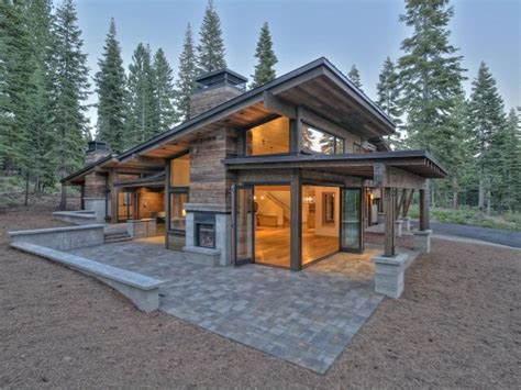 modern small cabins 1379385 exterior 640x480 mountain modern pinterest