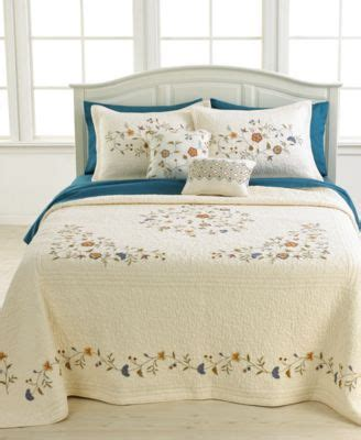 macys bedding quilts closeout nostalgia home bedding delphine bedspreads