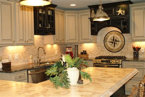 what color granite goes with cream cabinets what granite color goes with cream cabinets savae org