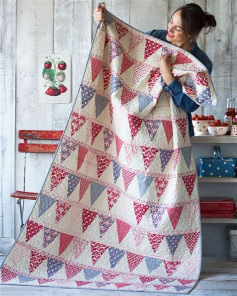 Tilda Patchwork - tilda s limited edition bloom free quilt pattern