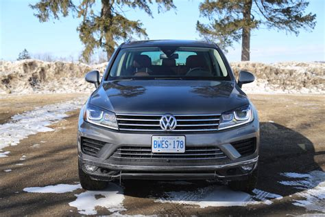 volkswagen tdi reviews review 2015 volkswagen touareg tdi canadian auto review