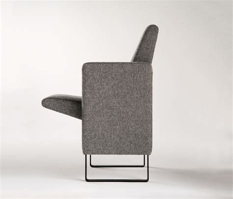 thea auditorium seating from poltrona frau