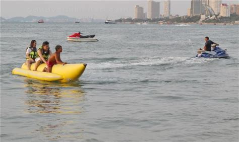 pattaya beach - Banana Boat Ride Cost In Pattaya