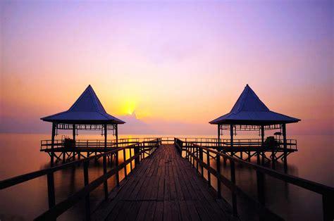 Di Surabaya tempat wisata pantai di surabaya pantai kenjeran dan