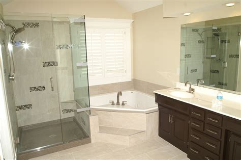 Remodeled Showers by 25 Best Bathroom Remodeling Ideas And Inspiration