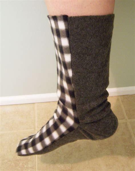 sock tutorial free fleece sock sewing pattern fleece sock tutorial sewing sewing patterns