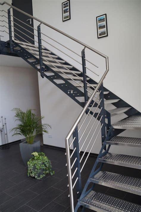 Balkongeländer Mit Treppe by 11 Besten Balkon Bilder Auf Balkon Treppe Und