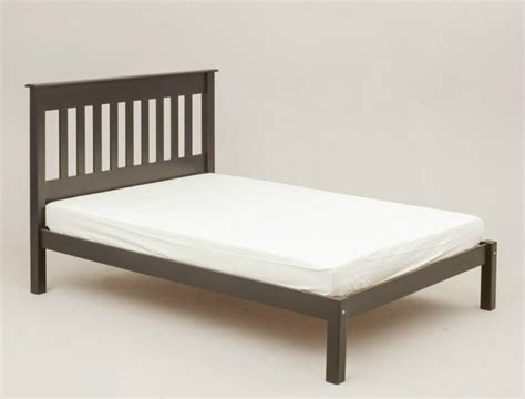 three quarter bed 3 quarter bed frame sawnbeam three quarter 4 bed frame