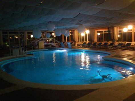 ingresso giornaliero terme montegrotto piscina interna notturna picture of hotel mioni royal