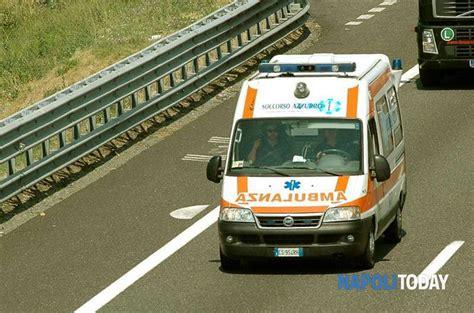 autostrada web incidente stradale morta sull a1