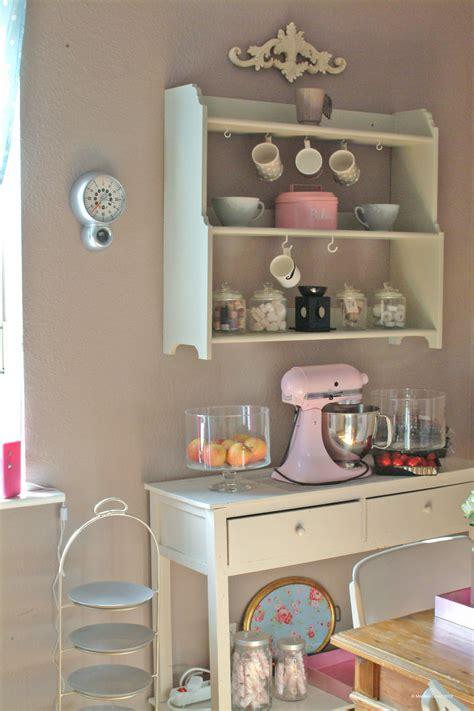 küchenfronten wohnzimmer wand design ideen