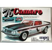 MPC 1/25 1976 Chevrolet Camaro  Stock Street Racer