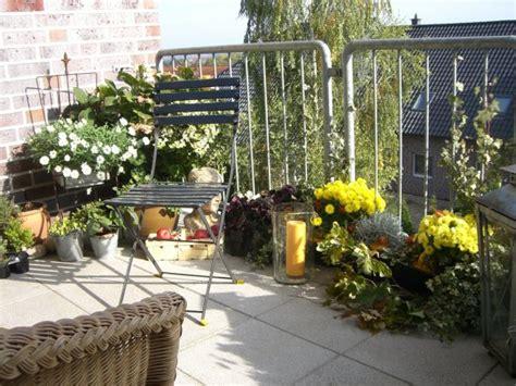 Winterbepflanzung Für Balkonkästen Und Kübel Garten by Chestha Balkon Herbst Design