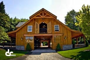Large Garage With Living Quarters by Apartments Mesmerizing Barn Designs Living Quarters Pole
