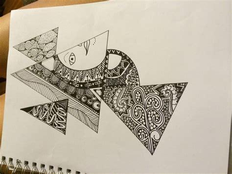 zentangle triangle pattern triangle zentangle єѕιgиιиg му яєαм pinterest