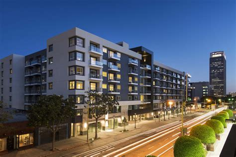 Appartment Complex by Going Green In L A Solar Powered Net Zero Apartment Complex Opens
