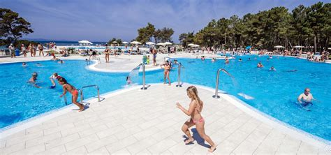 pool bilder pools zaton resort dalmatia croatia