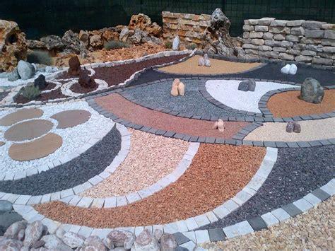 aiuole da giardino con sassi best arte e materia dercin porfidi ladispoli profilo cylex
