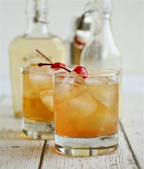 fall cocktail ideas nine fall cocktails to make at home the chronicles of home