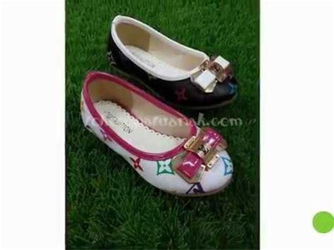 Sepatu Branded Import Chanel 812 9 Murah toko sepatu anak phim clip