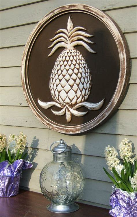 Outdoor Pineapple Decor by 189 Best Images About House Pineapple Decor On