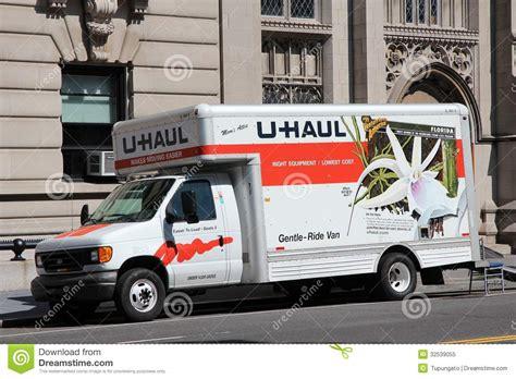 Trucker U u haul truck editorial image image of united 32539055