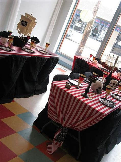 Decoration Theme Pirate by Best 25 Pirate Decorations Ideas On