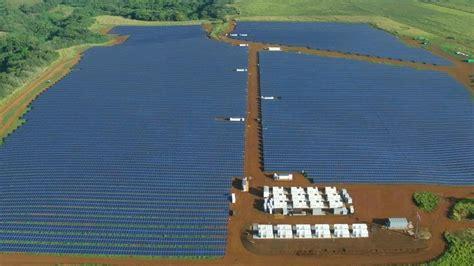 elon musk kauai elon musk s tesla energy unleashes major solar farm