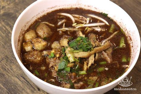 the boat noodle favourite 3 thai boat noodles