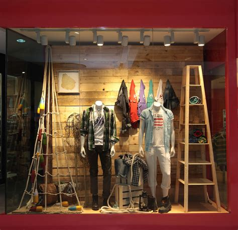 Coastal Home Decor Stores by Izod Window Display 187 Retail Design Blog