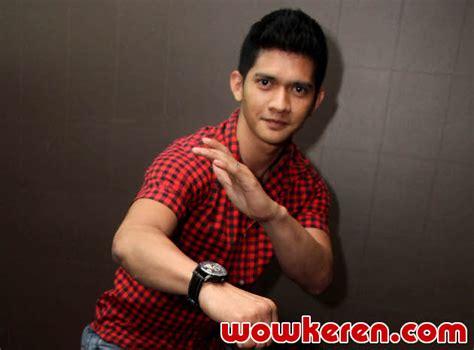 film terbaru iko uwais bersama keanu reeves iko uwais promosikan silat indonesia ke jackie chan