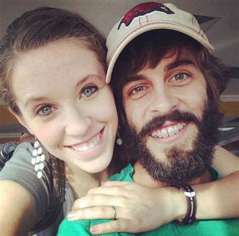 jill and derek jill duggar is this new photo proof she s pregnant