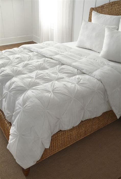 fluffy comforters fluffy white comforter set 28 images the 25 best