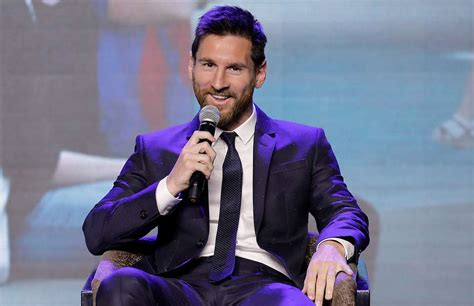 google themes messi lionel messi has been asked to convince a top player to