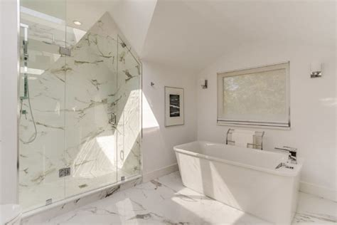 crying on the bedroom floor all alone on the bedroom floor 28 images superb 4 bedroom duplex all tiles floor
