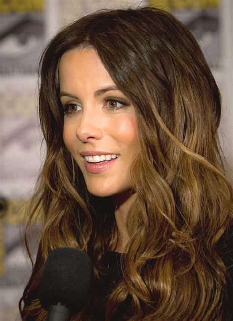 50 Photos Of Kate Beckinsale by File Kate Beckinsale Comic Con 2011 Cropped Jpg