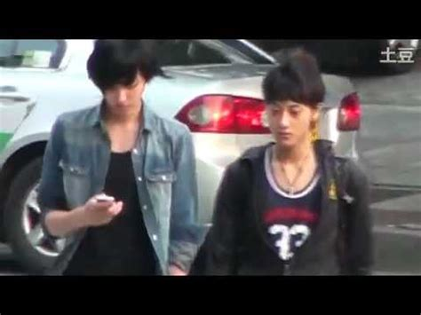 fancam pre debut 110710 exo m tao & kris walking on