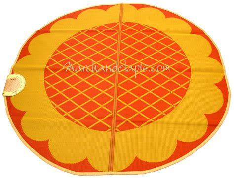 Tapis Plastique Enfant tapis enfant jaune orange plastique rond 174cm marchand de