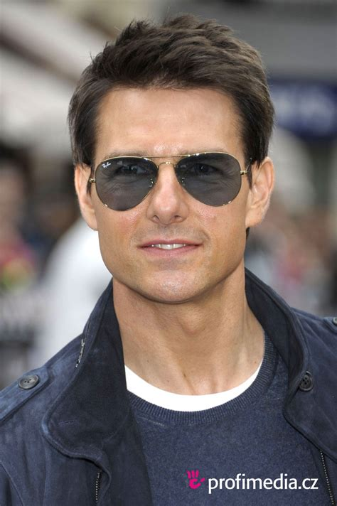 Tom Cruise     hairstyle   easyHairStyler