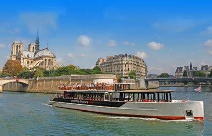 bateau mouche vedette pont neuf vedettes du pont neuf river cruise paris tourist office