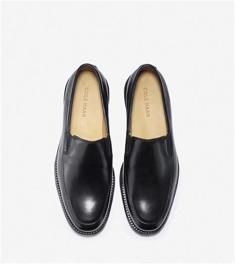 lunargrand loafer cole haan lunargrand venetian loafer in black for lyst