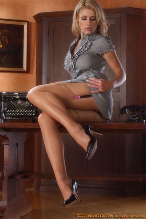 secretary bent over her desk milf nude blonde secretaries horny moms sex