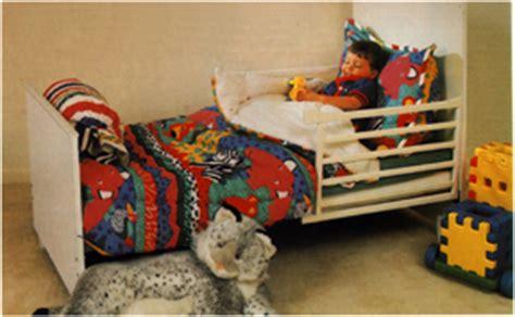 Babee Tenda Crib by Meez And The Treez Babee Tenda Cherry Finish Convertible